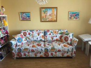 siena blommig soffa hovden