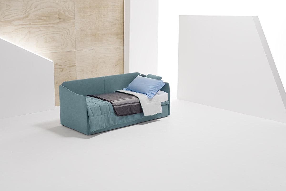 Flo längsbäddad soffa med riktiga sängar för varje natt